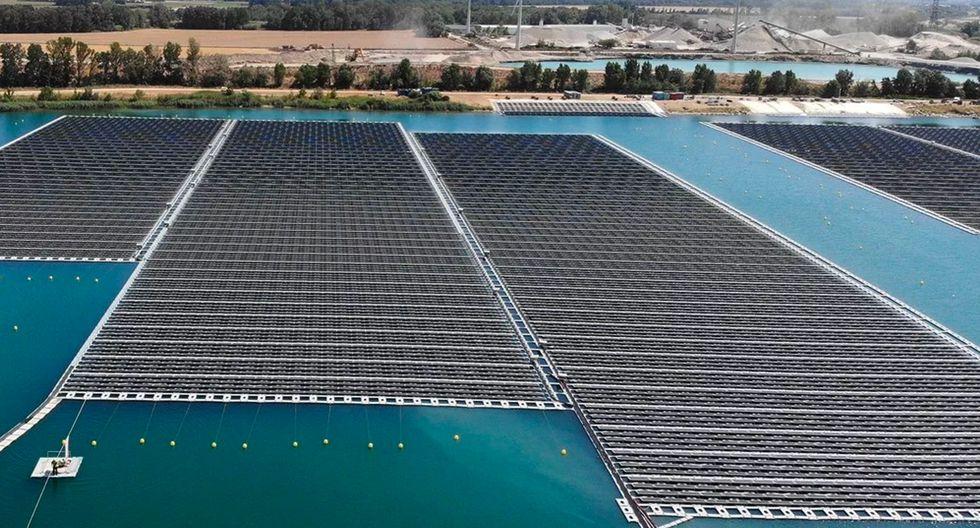 principales parques flotantes de energía solar