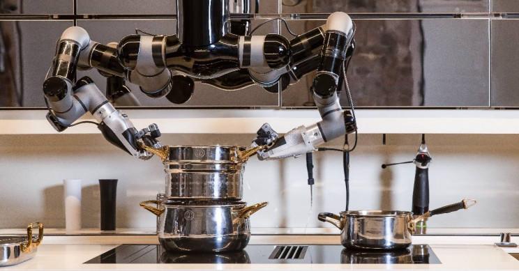 La cocina robotizada que hace la cena y limpia