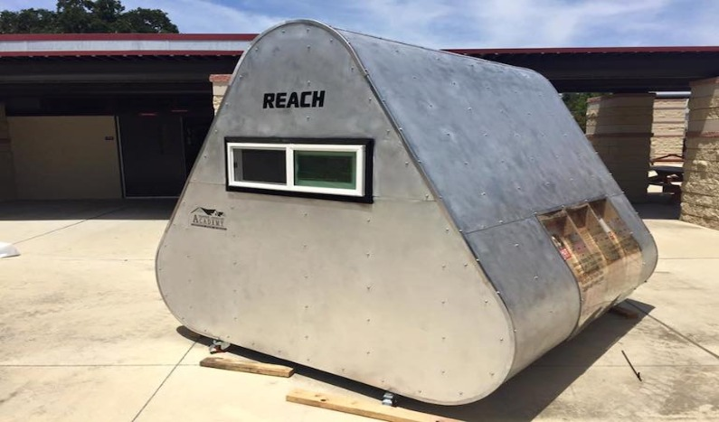 Diseñan cabañas para albergar a personas sin hogar