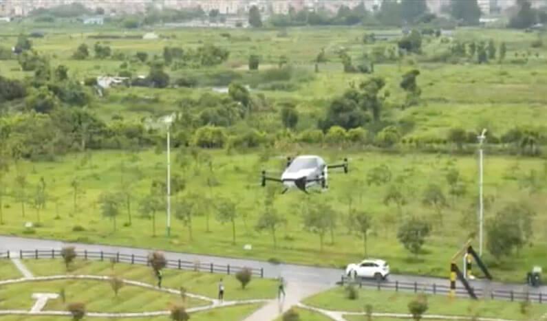 auto volador eléctrico X2